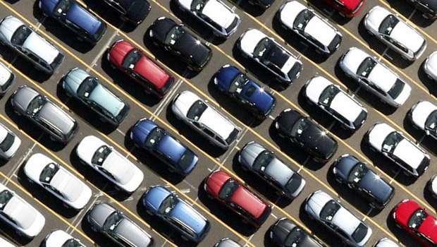 2015011682135-mercato-auto