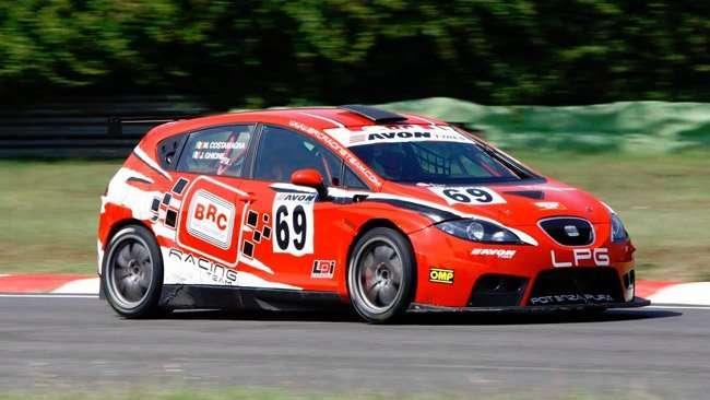64573_brc-porta-in-gara-le-pastiglie-brc-brake-racing