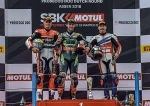271-r04-davies-podium